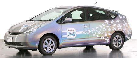 toyota-prius-plug-in-car