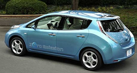 nissan-leaf-back