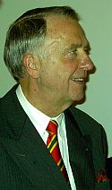 <em>Kulturstaatsminister Neumann</em>