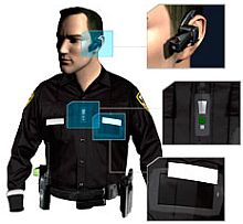 <em>Polizist mit AXON</em>