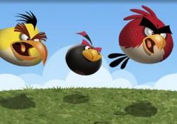 Angry Birds fliegen an