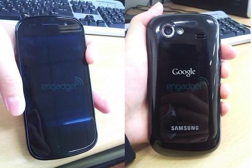 Samsung Nexus S Vorderseite und Rückseite