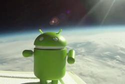 Android Ansichten im Weltraum