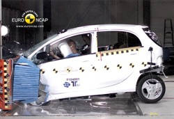 Mitsubishi I-Miev Crashtest