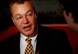 Nokia-Chef Stephen Elop im Gespräch mit Bloggern